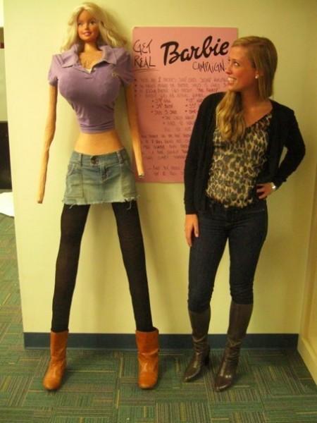 Barbie taille réelle