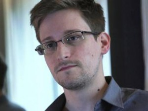 L'affaire Snowden fait augmenter les tensions Russie-USA