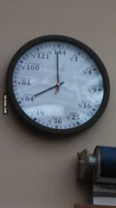 Horloge mathématicienne