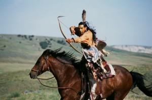 Indien à cheval tirant à l'arc