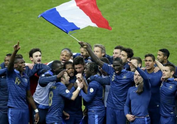 Photo de la victoire de l'équipe de France pour la séléction de la coupe du monde de football 2014