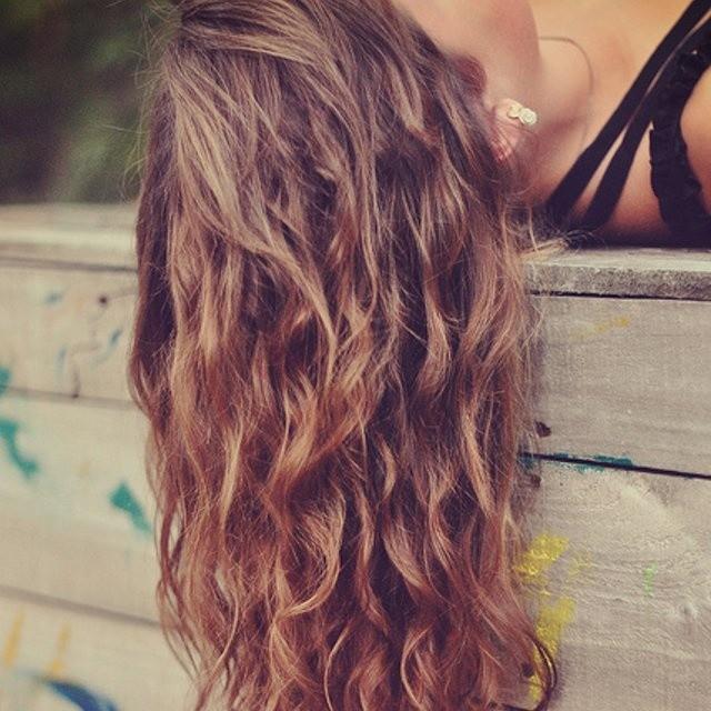 Boucler ses cheveux naturellement magazine cheval monchval mag bien plus qu 39 un magazine - Comment faire des boucles avec un lisseur ...