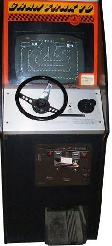 Premier jeu de courses automobiles