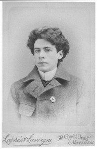Il s'agit d'un portrait d'Émile Nelligan, l'auteur du Vaisseau d'or.