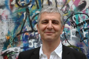 Yves Hughes, auteur de Contre la montre