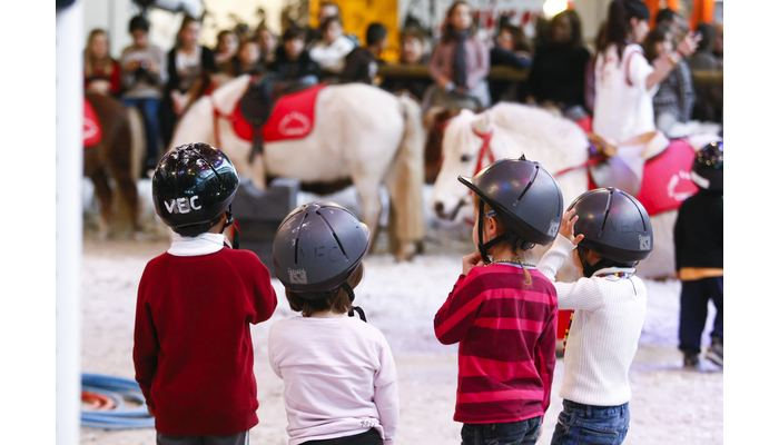 village des enfants salon du cheval 2014
