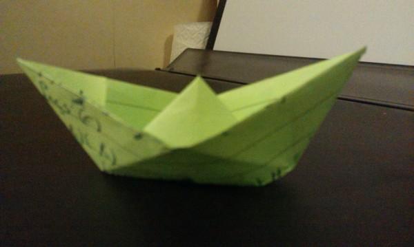 Le bateau est devenu un grand classique de pliage de papier.