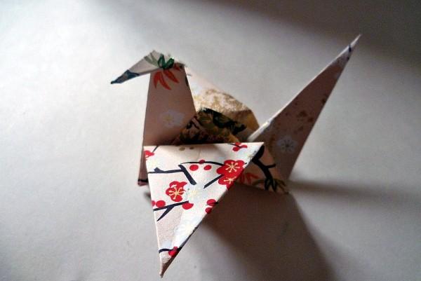 Pliage de l'oiseau bonheur