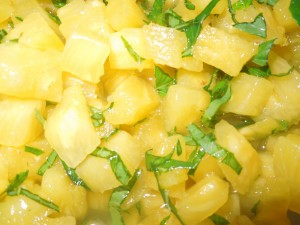 salade de fruits ananas basilic