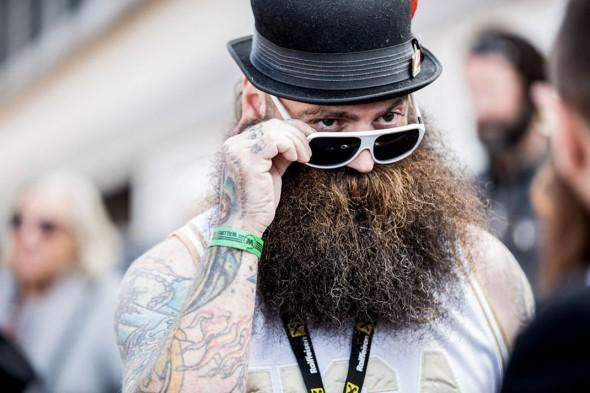 candidat barbes et moustaches