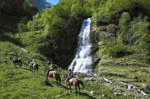Randonnée à cheval en montagne
