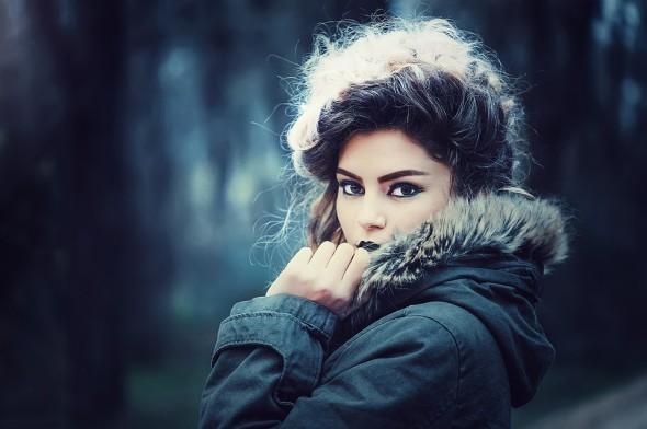 Maquillage d'hiver : les lèvres foncées
