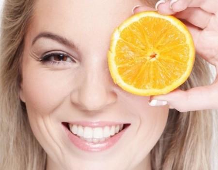 4 méthodes naturelles pour se blanchir les dents