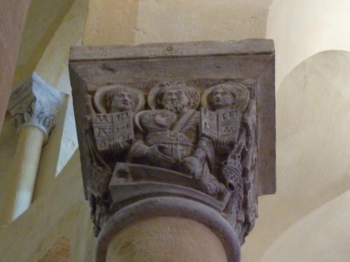 Chapiteau, église Notre Dame du Port de Clermont-Ferrand