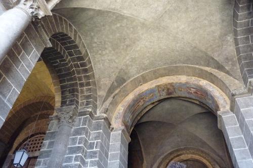 Voûte d'arêtes, cathédrale du Puy en Velay