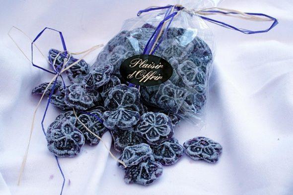 bonbons à la violette