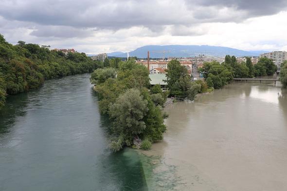 Confluence fleuve Avre et Rhone