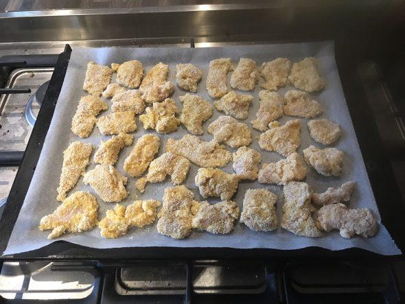 Avant cuisson nuggets de poulet sans friteuse
