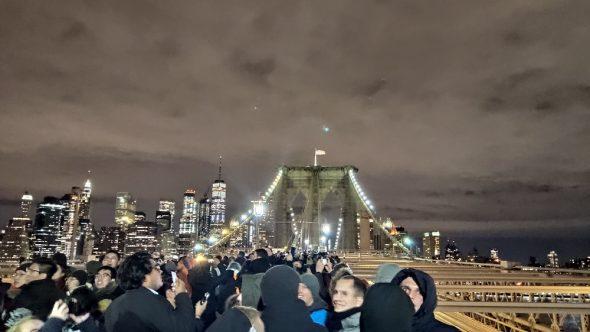 Nouvel An sur le pont de brooklyn