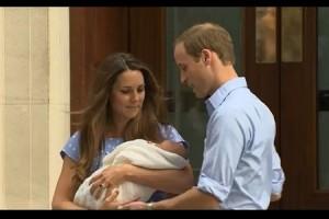Kate sortant de la maternité