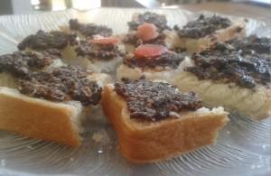 Toast olive
