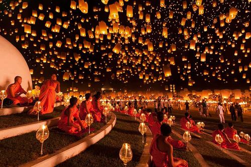 Image de la fête des lumières en Thaïland