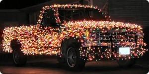 Voiture décorée pour Noël