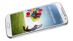 Le Samsung Galaxy S4 contre l'iPhone 5S