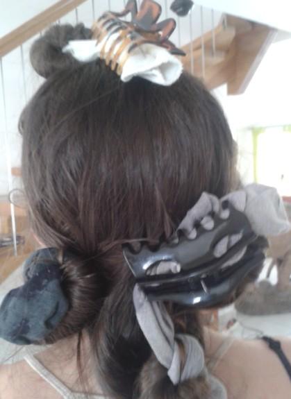 Boucler le bout de ses cheveux