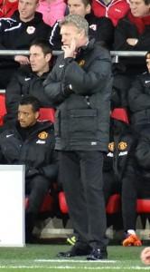 C'est une photo de l'entraîneur de football David Moyes.