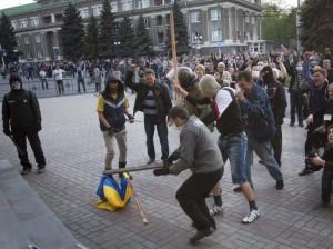 Des manifestations violentes sont une des conséquences de la crise ukrainienne.