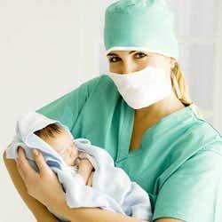 Récit d'une étudiante sage-femme : le vécu du premier stage en salle d'accouchement