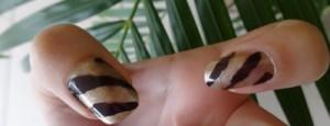 Créer des bandes sur des ongles