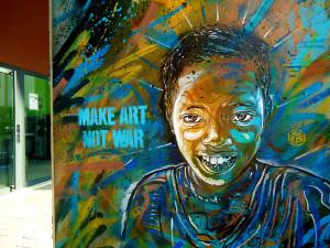 Le troisième artiste de rue est C215