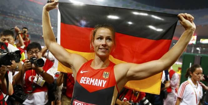 championne du monde lancer du javelot 2015