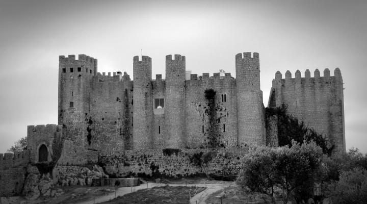 Le Moyen Âge : entre réalité historique et idées reçues