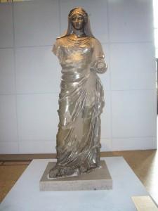 Statue d'Agrippine la Jeune