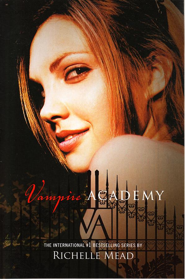 Vampire Academy est un livre facile à lire en anglais pour des francophones