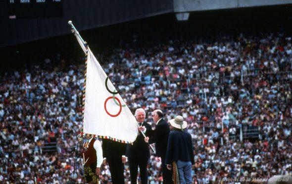 Porte drapeau Jeux olympiques