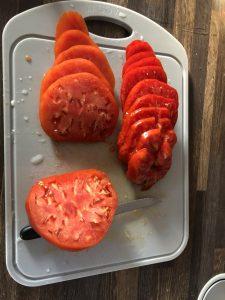 Tomates coupées tarte à la tomate